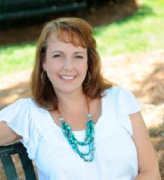 Andrea Everhart | Content Writer/Social Media Specialist